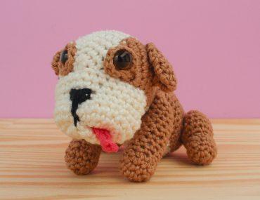 amigurumi bulldog inglês